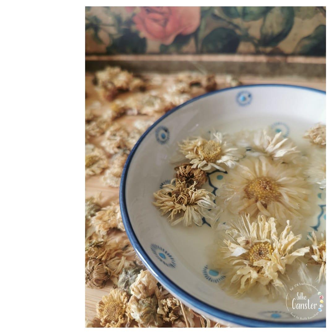 Chrysanthemenblüten TCM Tee Ernährungsberatung 1020